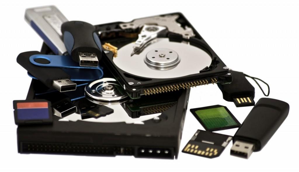 Відновлення інформації з жорстких дисків, флешок, SSD накопичувачів
