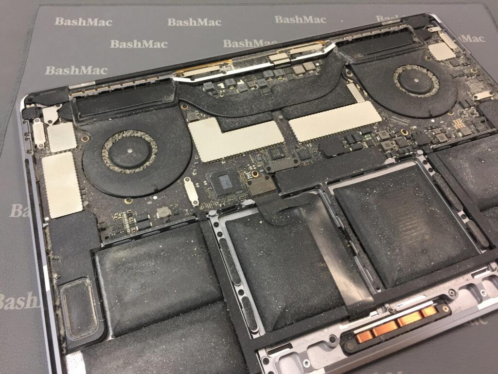 вздутие батареи Макбук