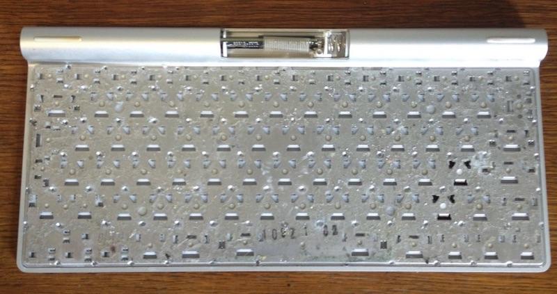 чистка, ремонт, гравировка Magic Keyboard