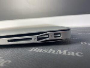 Рихтовка, выравнивание корпуса MacBook Air после падения